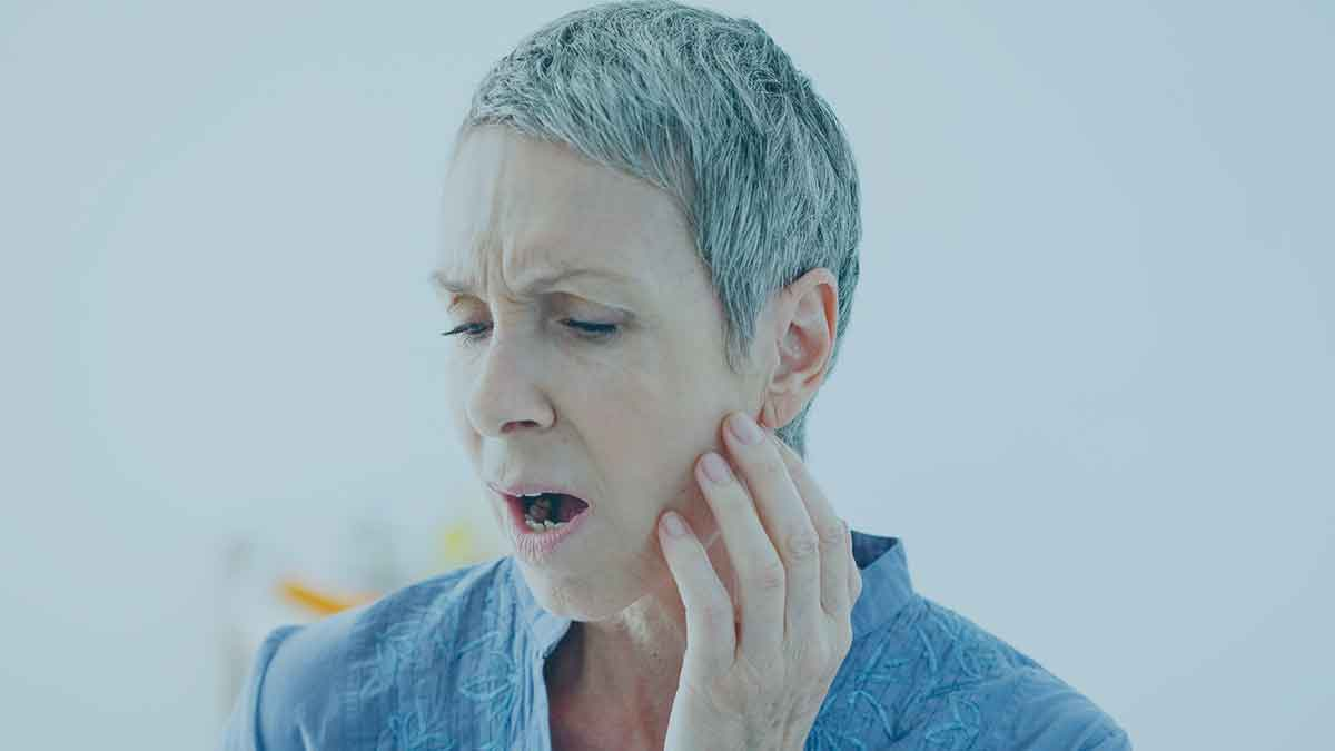 7 Possible Reasons For Your Jaw Pain Considerable