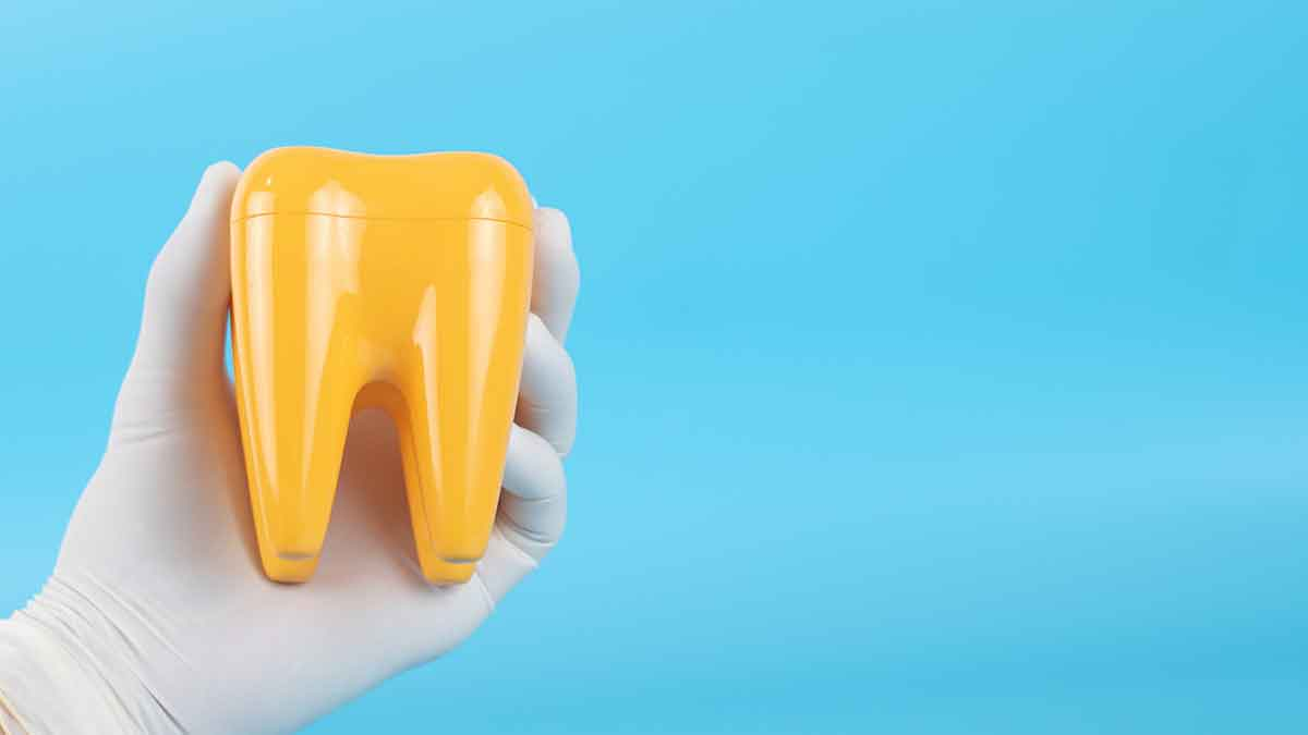 5 DRINKS THAT TURNS YOUR TEETH TO YELLOW